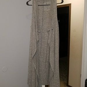 Sleeveless Grey Juicy Cardigan